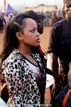 Jeune fille coquette au village du Ngouon pendant la cérémonie d'ouverture