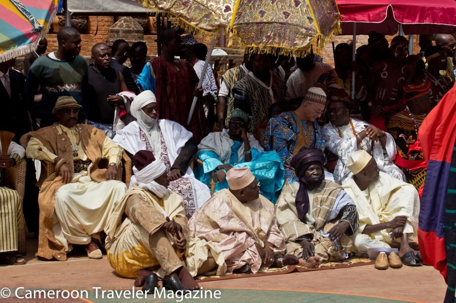 Ngouon 2012: Les dignitaires installés dans la cour du palais
