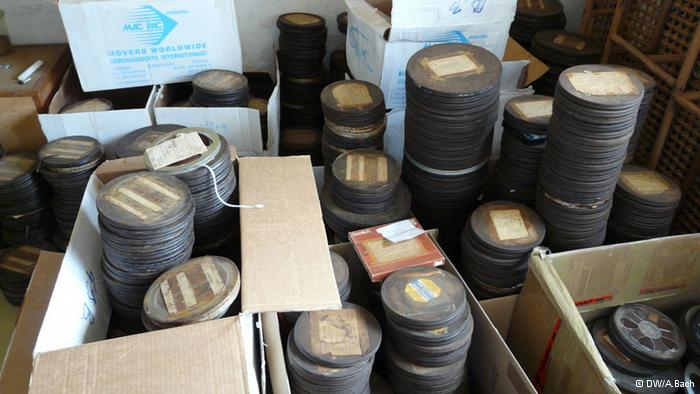 Cameroon old music waiting to be digitized