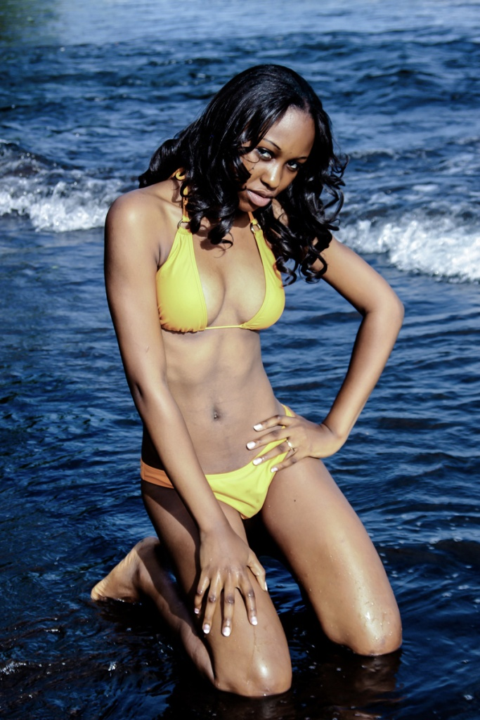 Valerie K. Ayem, Miss Beach!