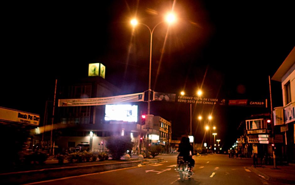 douala-by-night-cameroon-traveler